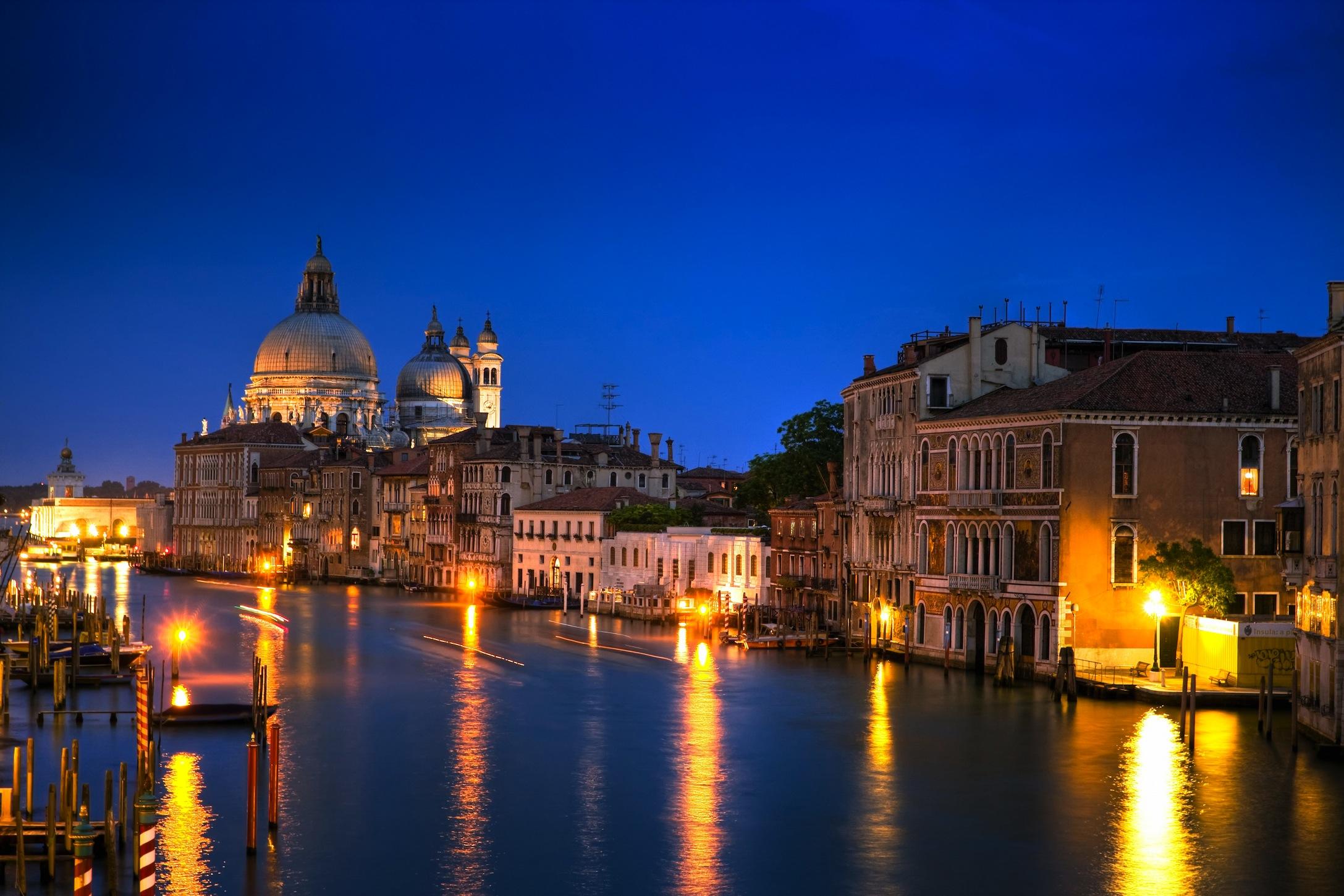 Nuit à Venise papiers peints photo 3D