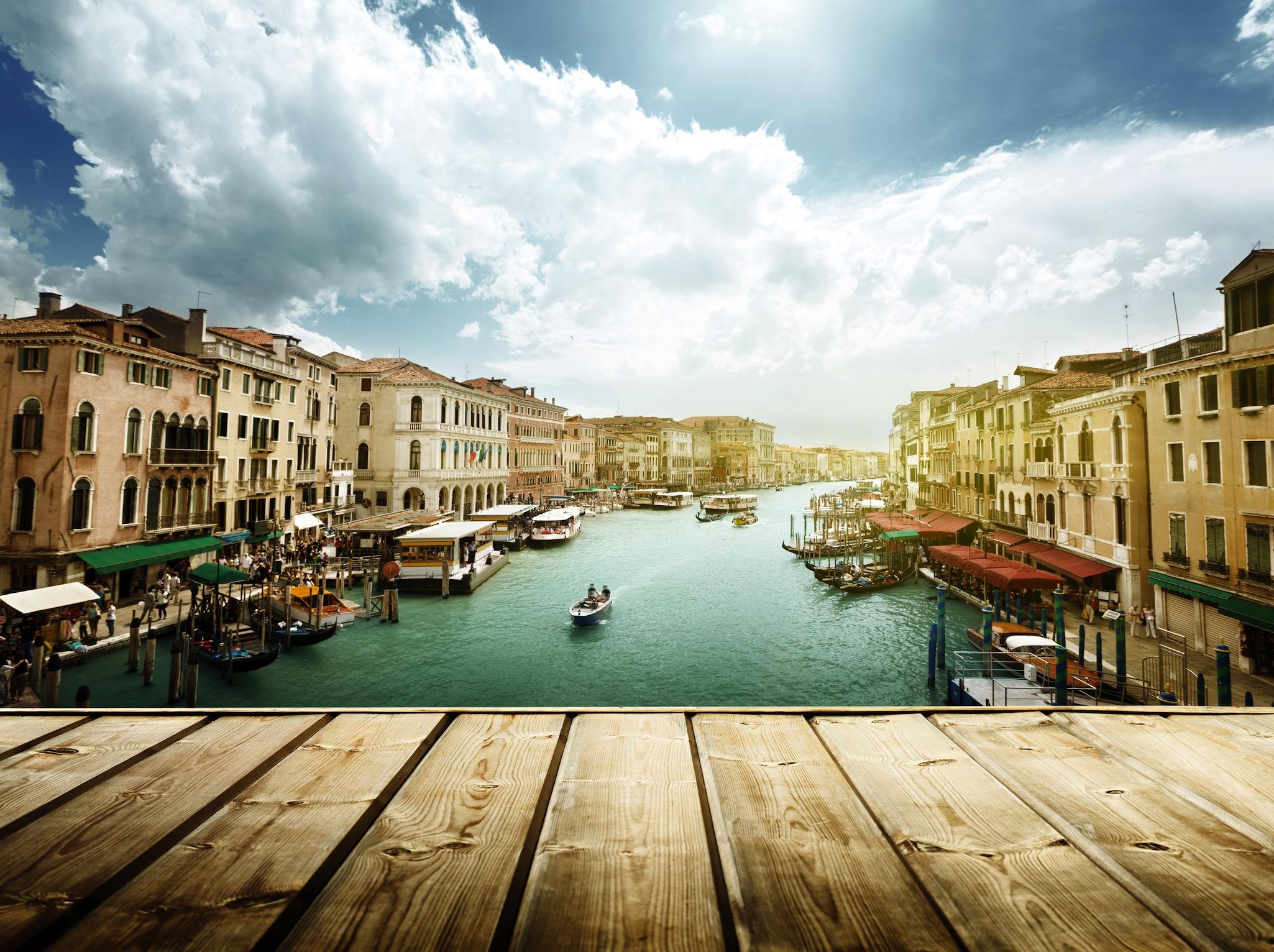 Vue de Venise depuis la terrasse papiers peints photo